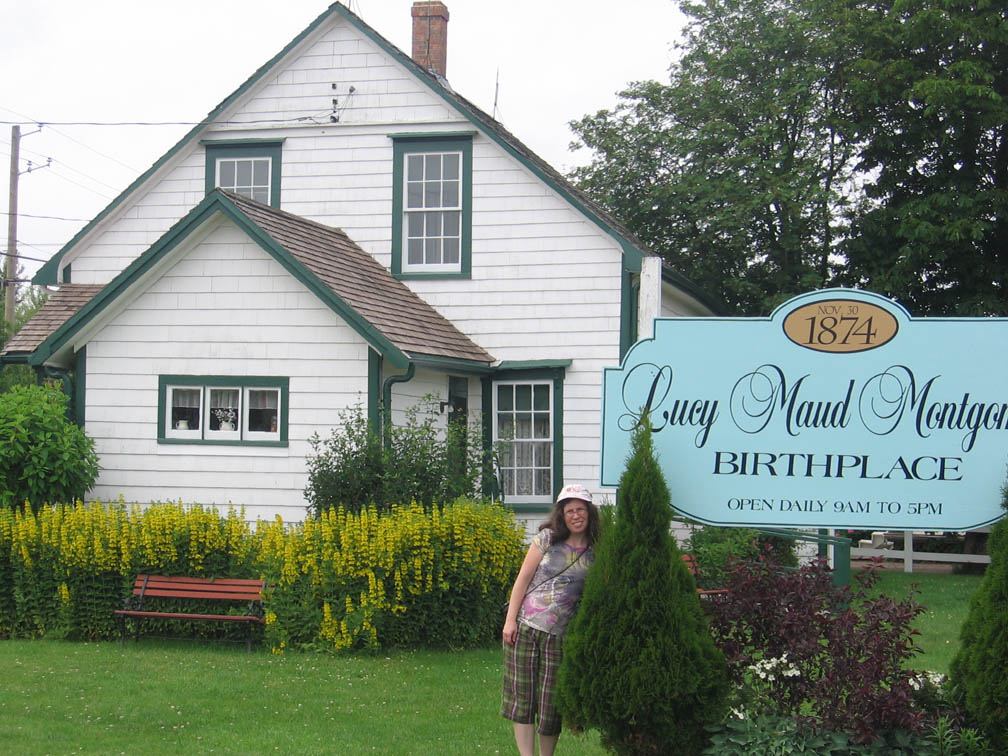 Lucy maud montgomery sites in prince edward island for Montgomery house