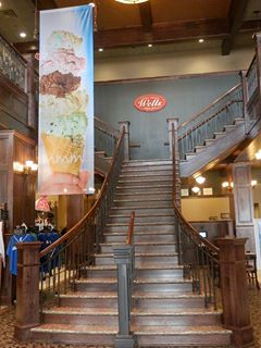 BlueBunny_Stairwell